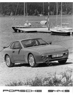 1987 PORSCHE 944 S PRESS PHOTO
