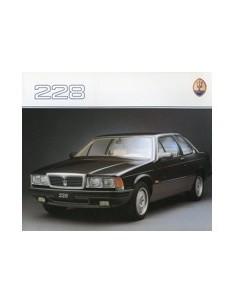 1988 MASERATI 228 BROCHURE DUITS