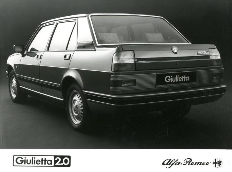 1983 alfa romeo giulietta 2 0 press photo. Black Bedroom Furniture Sets. Home Design Ideas