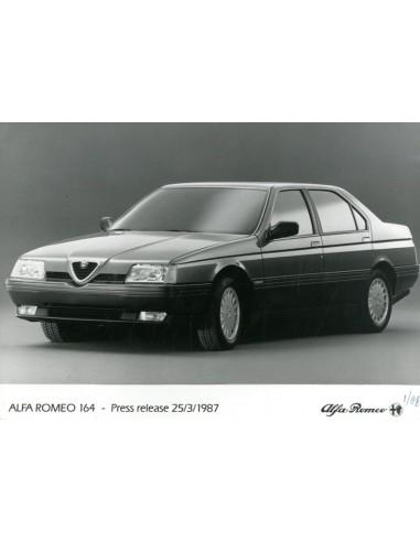 Alfa Romeo 164 >> 1987 Alfa Romeo 164 Press Photo