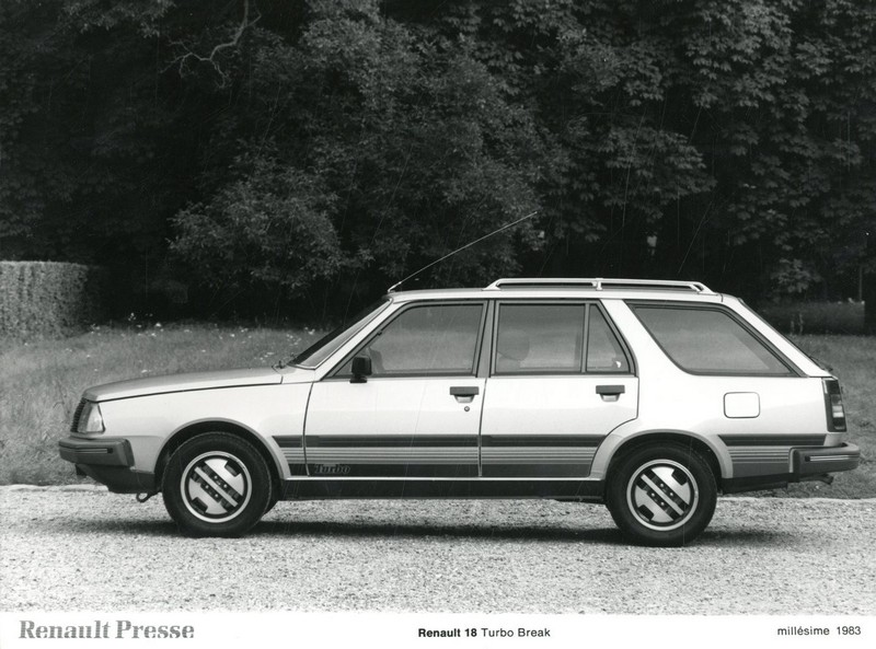 1983 renault 18 turbo break persfoto. Black Bedroom Furniture Sets. Home Design Ideas