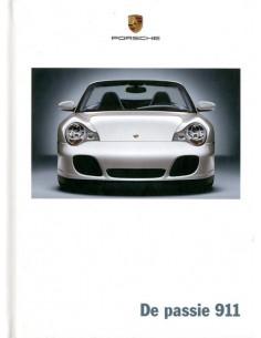 2005 PORSCHE 911 CARRERA & TARGA HARDCOVER BROCHURE NEDERLANDS