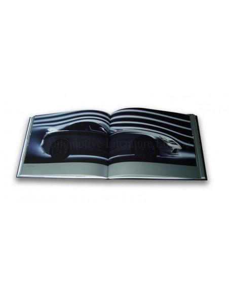 2003 MERCEDES BENZ SLR MCLAREN HARDCOVER BOX BROCHURE DUITS
